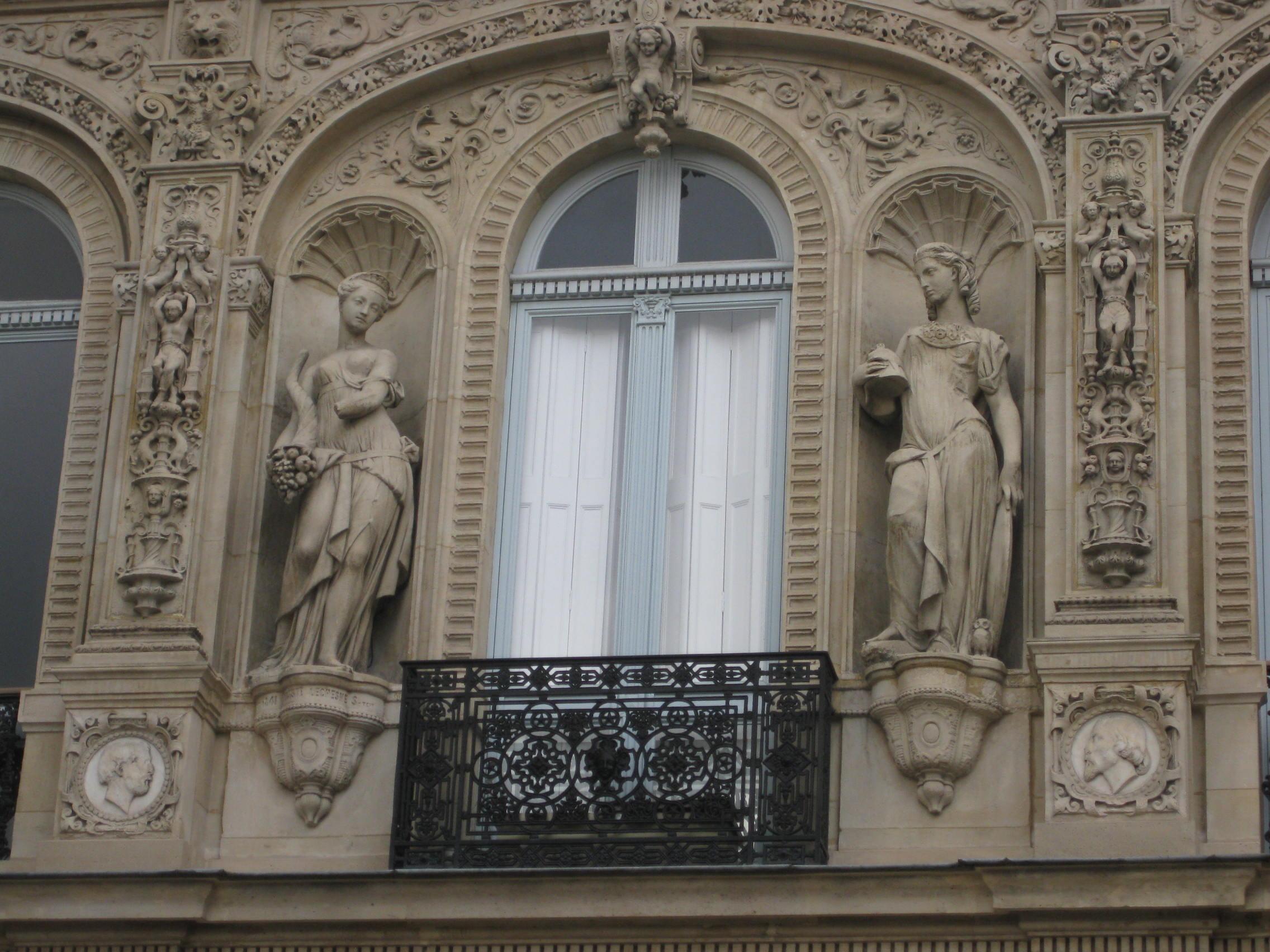 Hier Führte Thérèse Das Leben Einer Anspruchsvollen Kurtisane (u201eune  Courtisane De Haute Voléeu201c), Deren Salon Einer Der Gesuchtesten Von Paris  War.