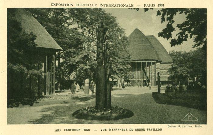 1477149018-exposition-coloniale-internationale-Paris-1931-Cameroun-Togo-vue-du-grand-pavillon