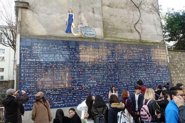 Mur_des_Je_t'Aime_@_Square_Jehan-Rictus_@_Montmartre_@_Paris_18_(32949174486)