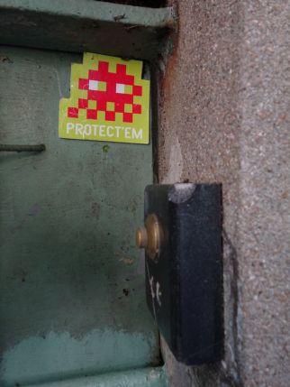 DSC01288 Invader Menilmontant