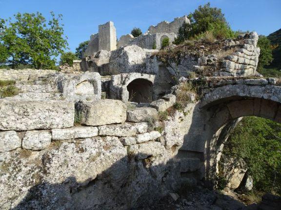 DSC01772 Fort de Buoux (35)