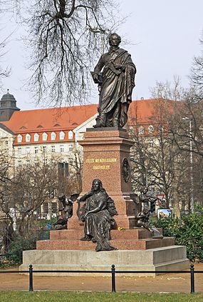 Felix_Mendelssohn_Bartholdy_Denkmal_Leipzig_2011