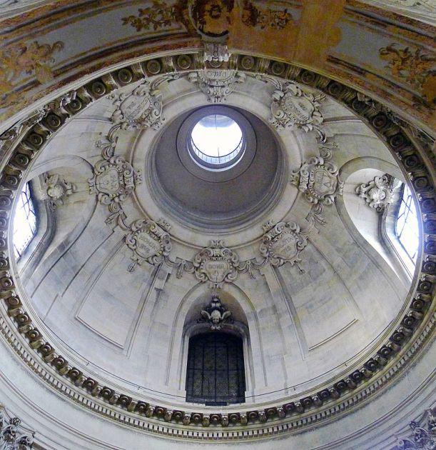 P1310353_Paris_IV_Temple_du_Marais_coupole_principale_rwk