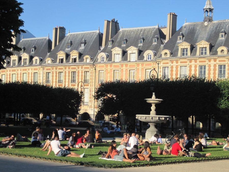 Place des Vosges Juli 2010 006