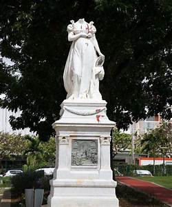 Statue Josephine