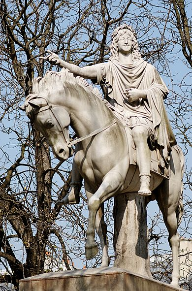 390px-Equestrian_Louis_XIII_Dupaty_Cortot
